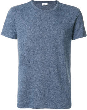 Closed plain T-shirt