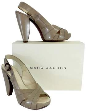 Marc Jacobs Taupe Leather Sahara Sandal Heels