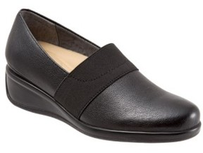 Trotters Women's 'Marley' Slip-On Wedge Pump