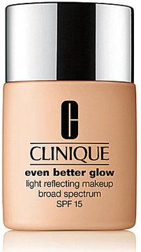 Clinique Even BetterTM Glow Light Reflecting Makeup Broad Spectrum SPF 15
