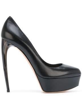 Alexander McQueen Horn Heel pump