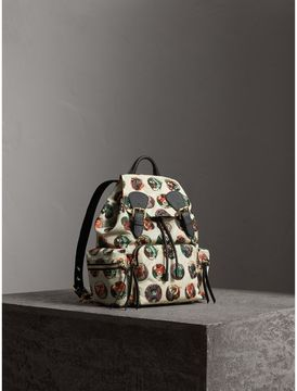 Burberry The Medium Rucksack in Technical Nylon with Pallas Heads Print - NATURAL WHITE - STYLE