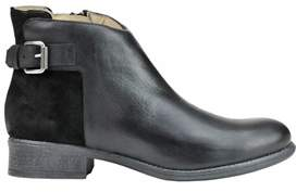 Manas Design Women's Black Leather Ankle Boots.