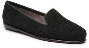Aerosoles Women's Betunia Velvet Loafer