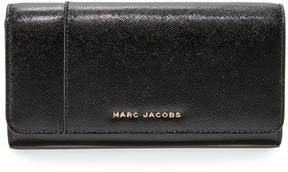 Marc Jacobs Flap Continental Wallet - BLACK/BERRY - STYLE