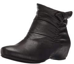 Bare Traps Womens Sakari Closed Toe Ankle Fashion Boots.