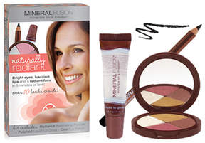 Mineral Fusion Naturally Radiant Kit by 6pcs Makeup)