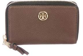 Tory Burch Robinson Compact Wallet