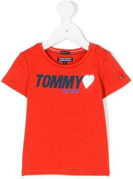 Tommy Hilfiger Junior heart logo T-shirt