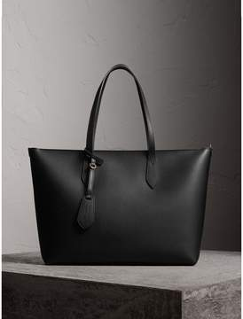 Burberry Medium Coated Leather Tote - BLACK - STYLE