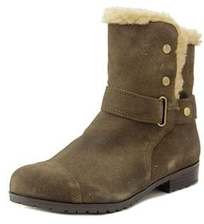 Giani Bernini Lotii Women Round Toe Suede Winter Boot.