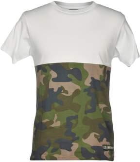 Les (Art)ists T-shirts