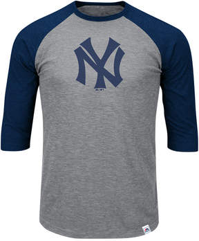 Majestic Men's New York Yankees Coop Grueling Raglan T-shirt