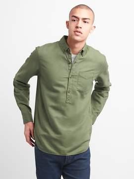 Gap Standard Fit Half-Button Shirt in Linen-Cotton