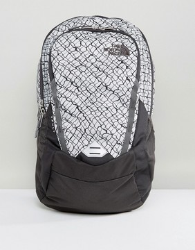 The North Face Vault Backpack 28 Litres in Gray/Chainlink Print