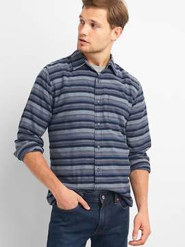 Gap Flannel standard fit shirt
