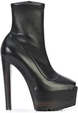 Vera Wang platform heels
