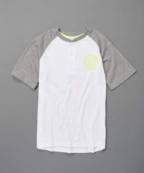Reebok True White Big Logo Henley - Boys