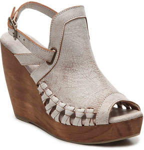 Very Volatile Women's Aspire Wedge Sandal