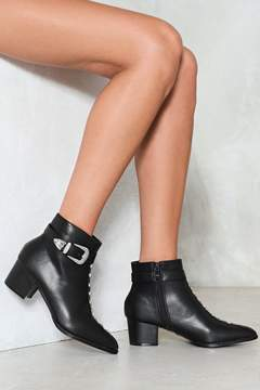 Nasty Gal Back in Black Studded Heel