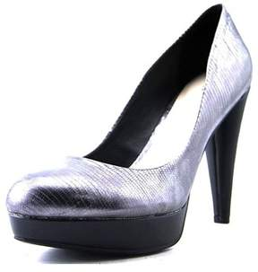 Bar III Womens Gina Leather Round Toe Classic Pumps.