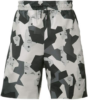 Christopher Raeburn geometric print shorts