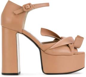 No.21 abstract bow platform sandals