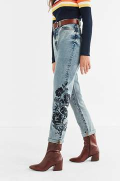 BDG Mom Jean - Floral Embroidered
