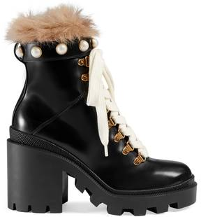 Gucci Leather ankle boot with fur