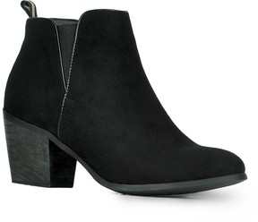 Refresh NoraNora Suede Ankle Bootie