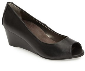 Vionic Women's Bria Wedge Pump