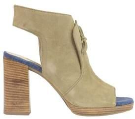 Manas Design Women's Beige Suede Heels.