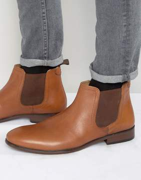 Red Tape Chelsea Boots In Tan Leather