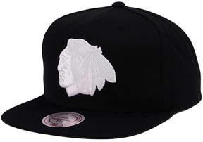 Mitchell & Ness Chicago Blackhawks Respect Snapback Cap
