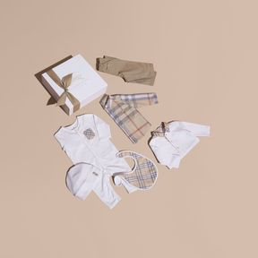 Burberry Cotton Six-piece Baby Gift Set