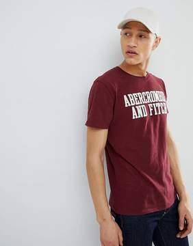 Abercrombie & Fitch Legacy Applique Script Logo T-Shirt in Burgundy
