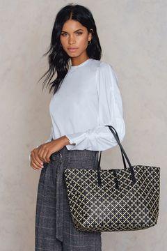 Grineeh Handbag