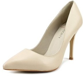 Sole Society Aiken Women Pointed Toe Suede Nude Heels.