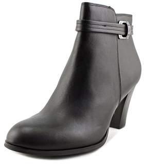 Giani Bernini Baari Women Round Toe Leather Black Ankle Boot.