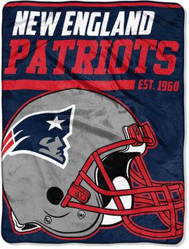 Northwest Company New England Patriots Micro Raschel 46x60 40 Yard Dash Blanket
