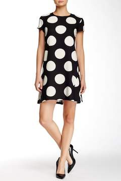 Donna Morgan Short Sleeve Dot Crepe Trapeze Dress