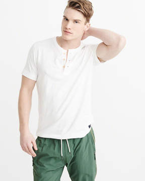 Abercrombie & Fitch Classic Henley
