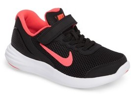Nike Girl's Lunar Apparent Sneaker