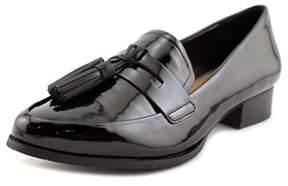 Tahari Looker Women Pointed Toe Patent Leather Black Loafer.
