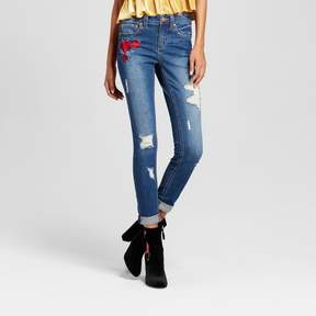 Almost Famous Women's Rose Patch Roll Cuff Skinny Jeans Juniors') Dark Wash