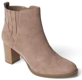 Gap Suede heel ankle booties