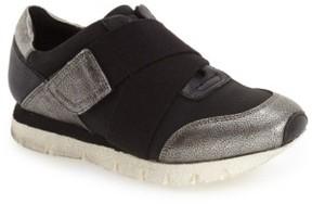 OTBT Women's 'New Wave' Sneaker