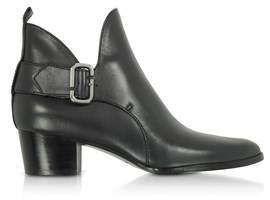 Marc Jacobs Women's Black Leather Ankle Boots.