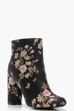 boohoo Floral Embroidered Cylinder Heel Boots