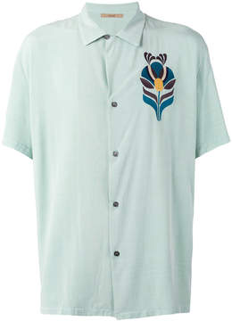 Nuur embroidered figure shirt